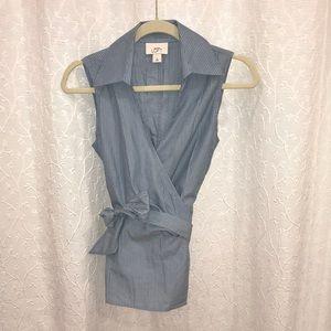 Ann Taylor Loft wrap top size 4